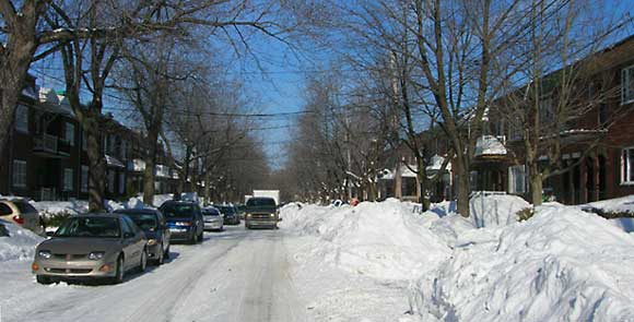 Snow removal in Montreal