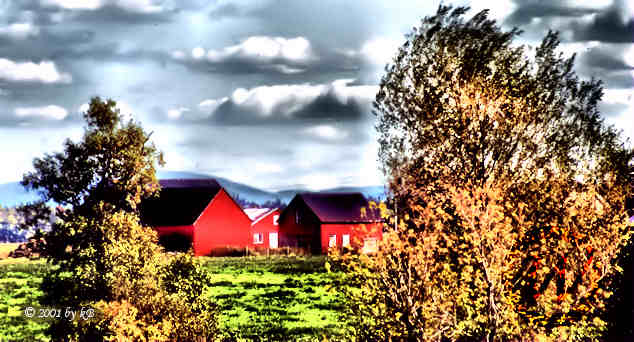 Red farm in Cantons-de-l'Est / Eastern Townships