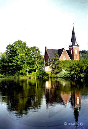 Church on the Lake Brome in Knowlton