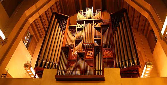 The Beckerath organ in Saint Joseph's Oratory basilica